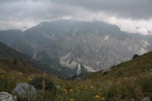 Pohled ze sedla Kjotormo