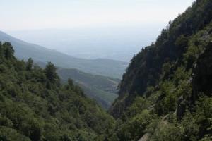 Pohled z Rugova do kosovské placky