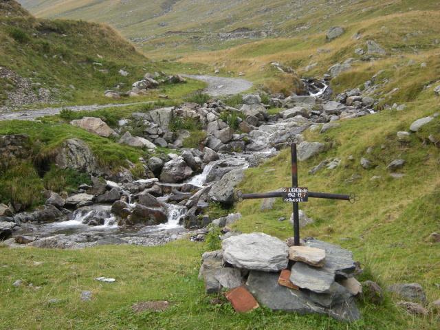 Klasika - kříž z lešenářských trubek
