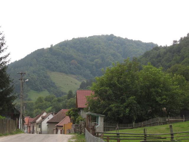 Terén je nenáročný, nasáváme idylku místních vesniček.